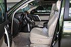 2010款丰田普拉多座椅空间