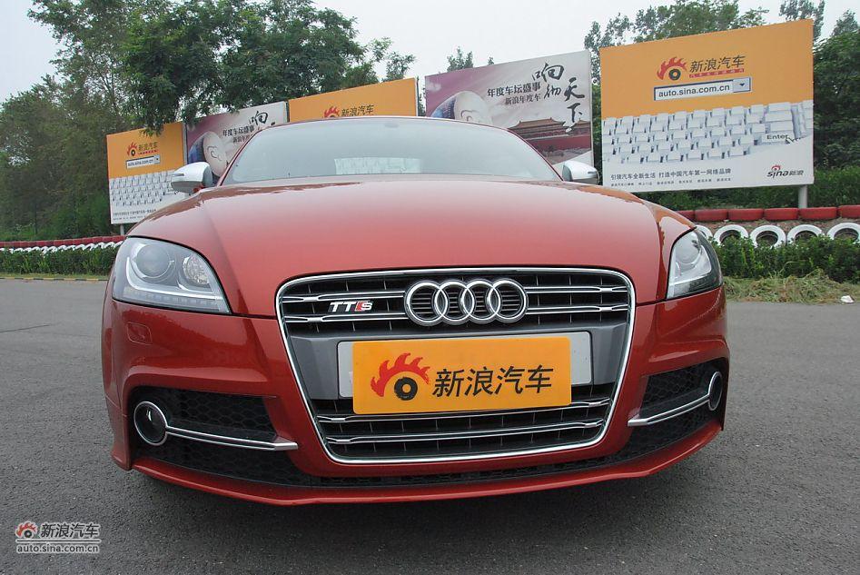 进口奥迪TTS限量优惠9.6万红色现车1台