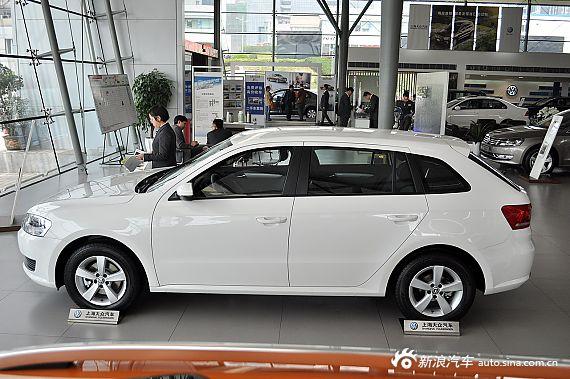 2013款朗行1.6L自动风尚型 雅致白