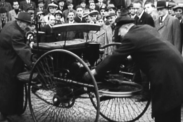 汽车百年 自由的通行证
