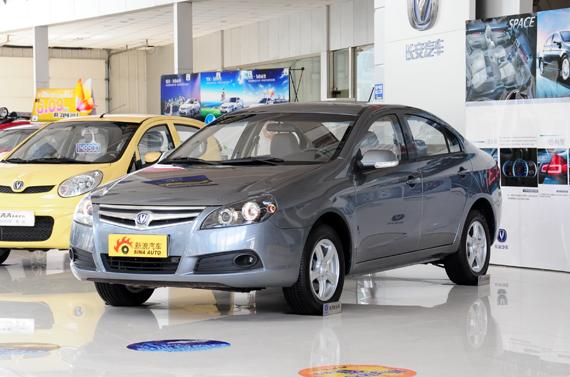 长安CX30海口促销现金优惠8000元