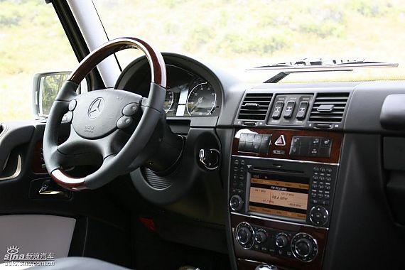 奔驰G500内饰及细节