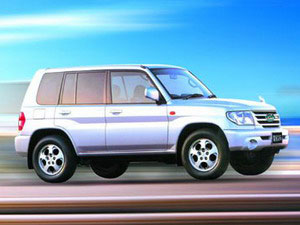 猎豹CS6汽油2.4L手动4驱豪华型