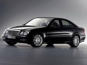 新奔驰E280时尚型
