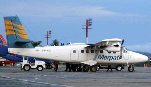 印尼一架载16名乘客飞机在巴布亚岛上空失踪(组图)