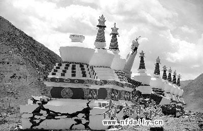 禅古寺受损的佛塔