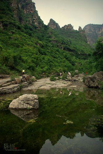 广西山谷自然风景照