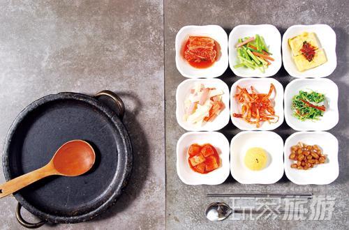 经典石锅拌饭