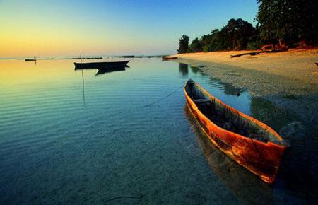 海滩沙石风景图片