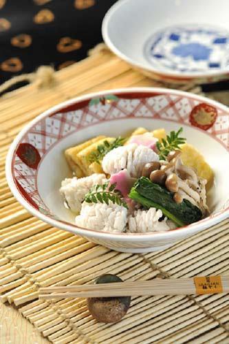 「稻菊日本料理」 �C 清新口味 的「鳢鱼配腐皮煮」鱼肉肉质嫩滑 ,渗透淡淡日本海洋气息,必能令 每位宾客一试难忘!