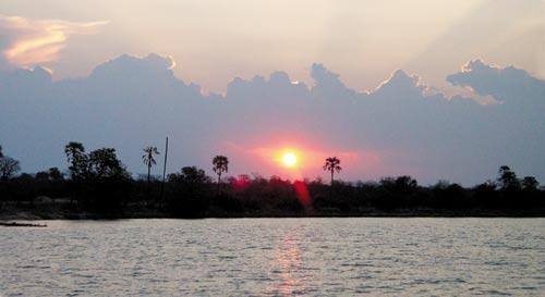 赞比西河日落