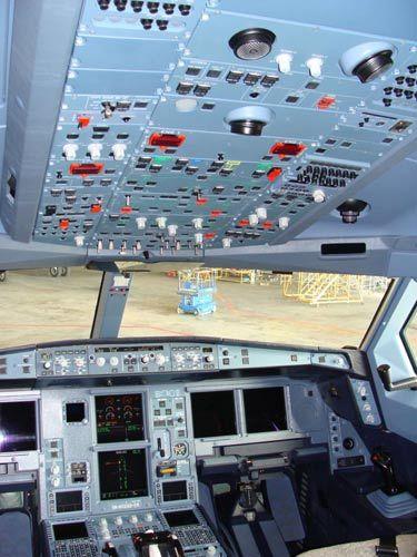 新a330-300驾驶舱