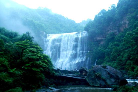 新浪旅游配图:赤水大瀑布 摄影:若木若愚