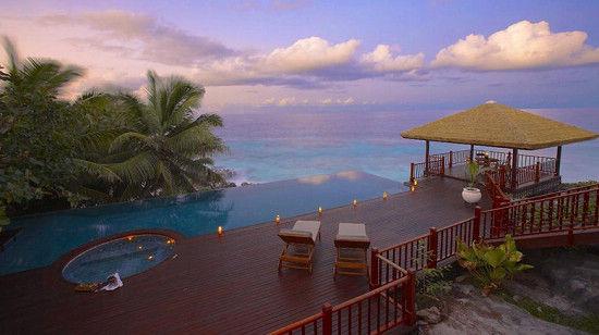 弗雷格特岛酒店无边泳池