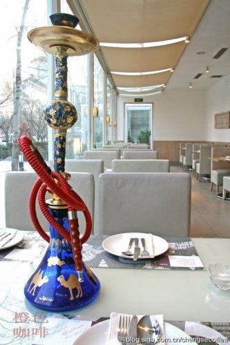 漂亮的阿拉伯水烟袋 图片来源:刘立