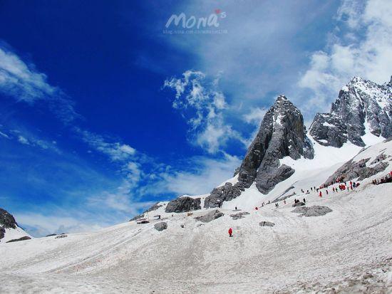 新浪旅游配图:玉龙雪山 摄影:梦梦SUN