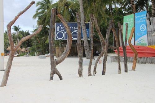 新浪旅游配图:细软的白沙 摄影:水房