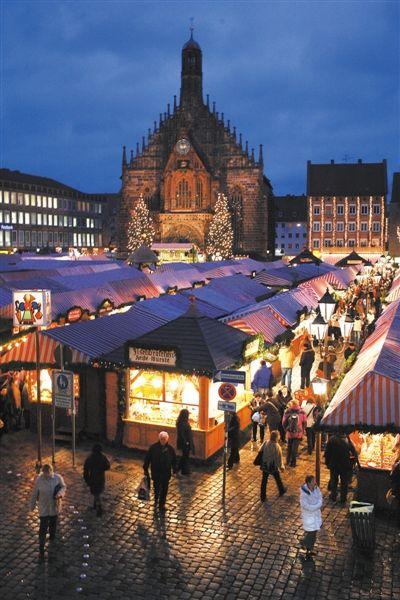 每年11月、12月被世界各地游客围堵的纽伦堡圣诞市集。