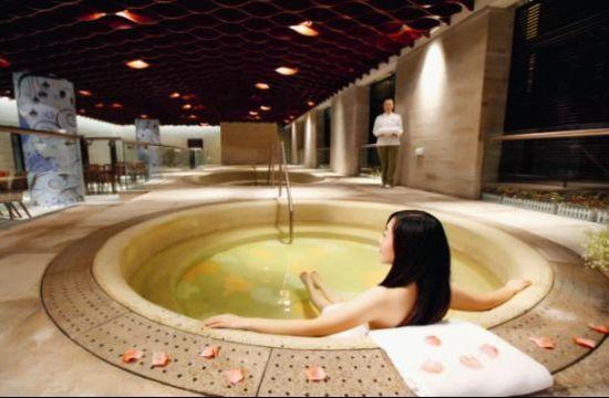 日本是世界上温泉最多的国家