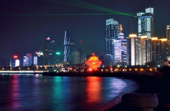 新浪旅游配图:五四广场夜景 摄影:Anry