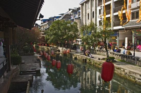 水街岸边景色 图片来源:九门胡同 新浪博客