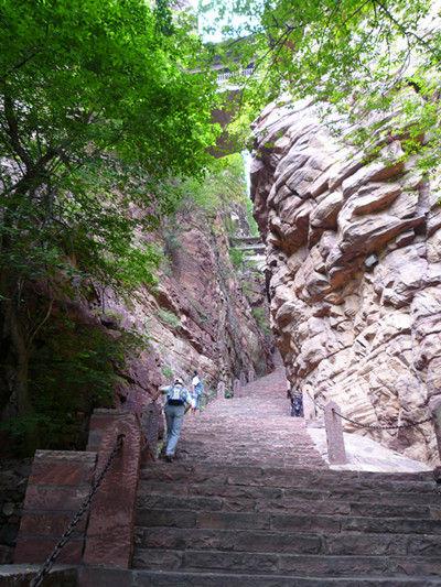 亚洲 中国 河北 石家庄 苍岩山 正文    苍岩山风景名胜区位于河北