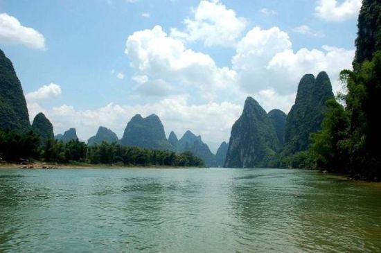 桂林山水甲天下,而阳朔山水甲桂林,到桂林的朋友这时节是个不错的
