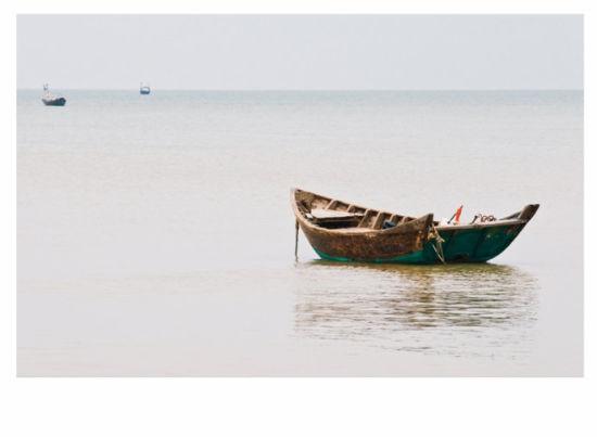 海中的船只 图/老桨 新浪博客