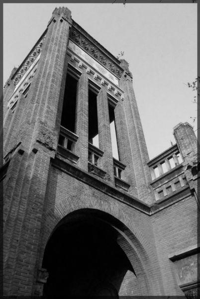 大通古镇的天主教的塔楼