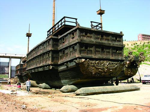 电影《赤壁》中的战船、龙船