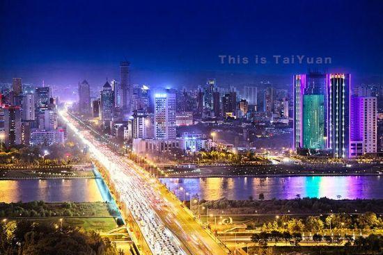 太原夜景。太原汾河公园。来源:新浪山西特约摄影家:李佳