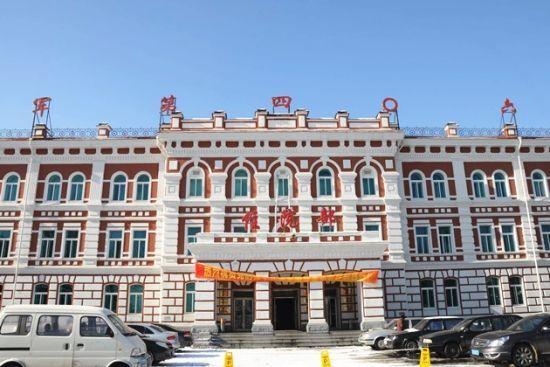新浪旅游配图:旅顺工科大学旧址 摄影:图片来自旅游攻略