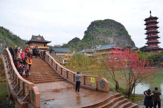 木龙湖 图:两江四湖景区
