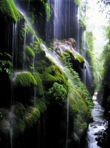 金刀峡景色