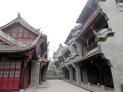 秀湖水街的明清风格建筑图片