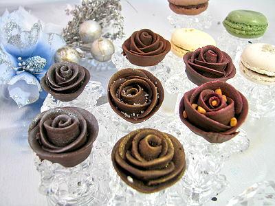 融在玫瑰花巧克力里的甜蜜(图)