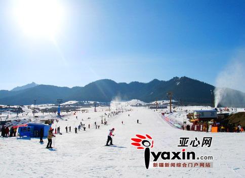 乌鲁木齐降大雪 4家滑雪场周末翘首待客
