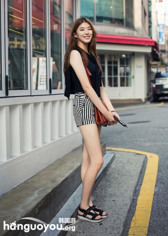 中秋时节 韩国首尔街头时尚街拍