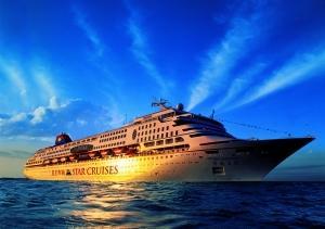 宝瓶星号在香港维多利亚港登船,比较方便广东人出行。