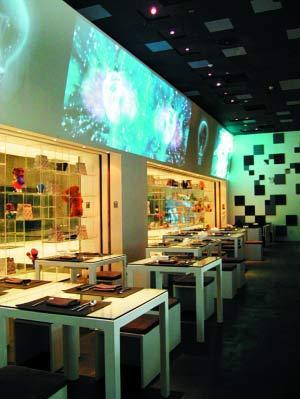 乔维餐厅不单是吃饭的地方,前卫的环境更适合春天的聚会,明亮温暖。
