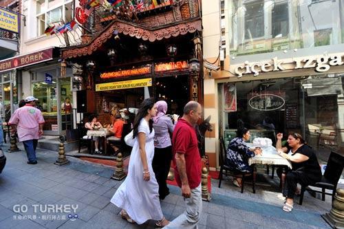 去伊斯坦布尔的朋友可以去这家餐厅