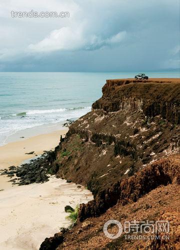 产生了一幅世界尽头的画面.-热情巴西 8000公里绚丽海滩图片