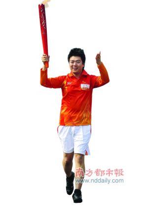 经历过奥运火炬传递的郎朗颇有大将风度。