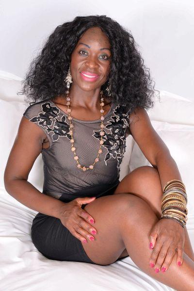 黑人妓女桑德拉