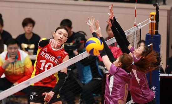 女子排超第10轮北京主场输球 上海破不败金身