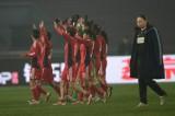 中国球员向观众致谢