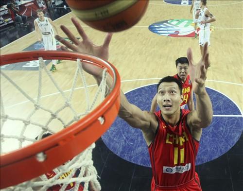 阿联获世锦赛篮板王场均得分20+成中国队史第3人