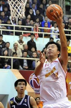 王治郅17分9篮板全队爆发八一力擒东莞迎开门红