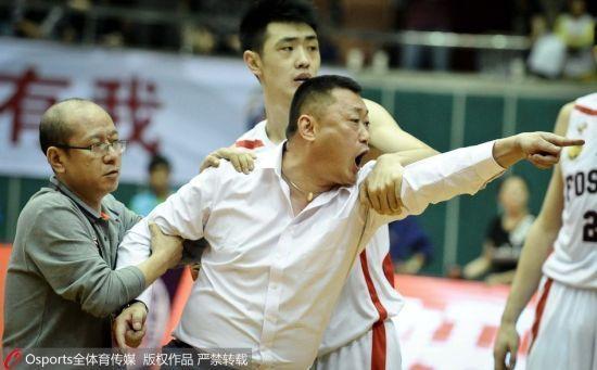 佛山男篮总经理刘宏疆被禁赛5场