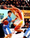 图文-[CBA]八一双鹿92-83北京首钢王中光拼抢